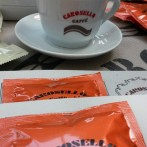 Carosello caffè con le miscele di caffè Arabica e Robusta allo SLURP